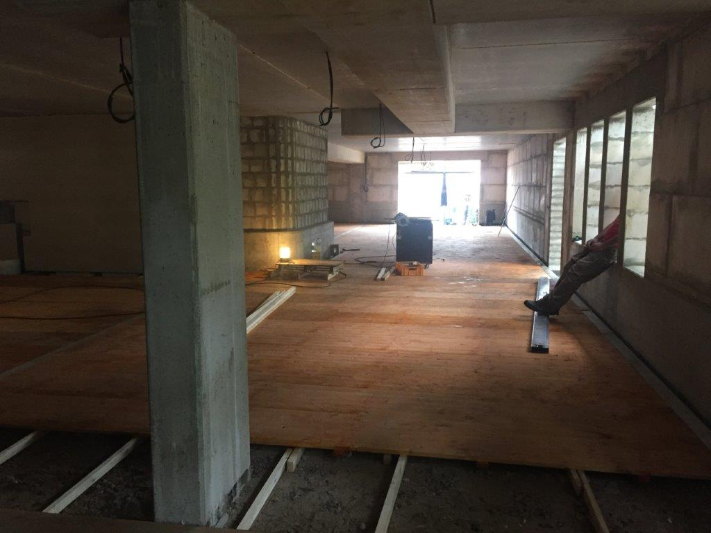 Richtfest in Schnelsen Garage mit Boden ausgelegt 2017